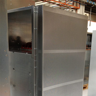 Tôles perforées cabines electriques